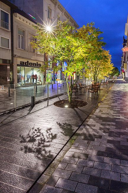 Redesign of Stationsstraat, Sint-Niklaas by Grontmij Belgium. Click image for full profile and visit the slowottawa.ca boards >> http://www.pinterest.com/slowottawa/