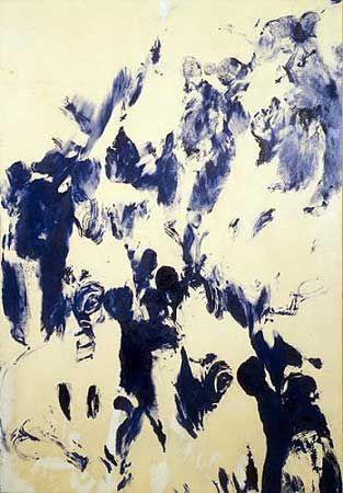 """Ив Кляйн - Антропометрия (измерение человеческого тела). Три обнажённые модели, раскрашенные в синий цвет (International Klein Blue - IKB - Международный синий Кляйна, запотентованный цвет художника) прижимались к белому полотну, а музыканты во время этого играли """"Монотомную симфонию"""", состоявшую из 1 аккорда, зрители пили синие коктейли."""