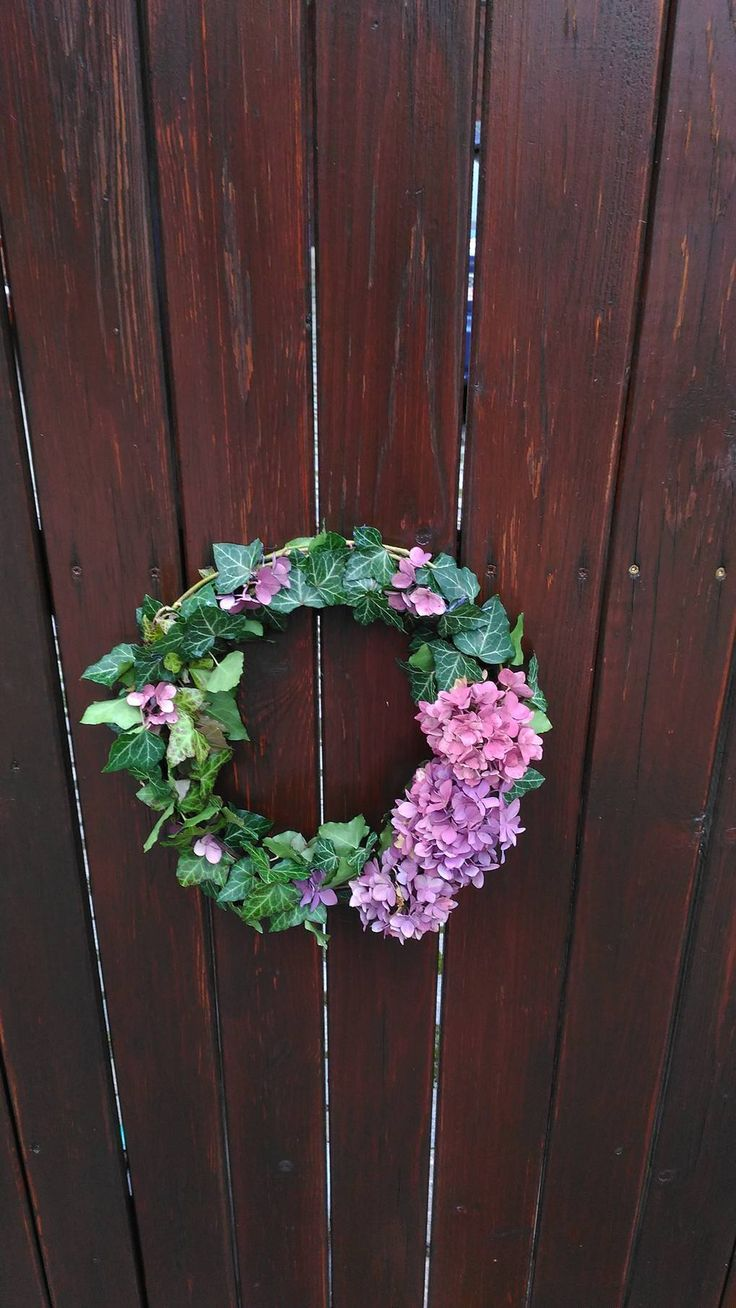 Easy ivy wreath