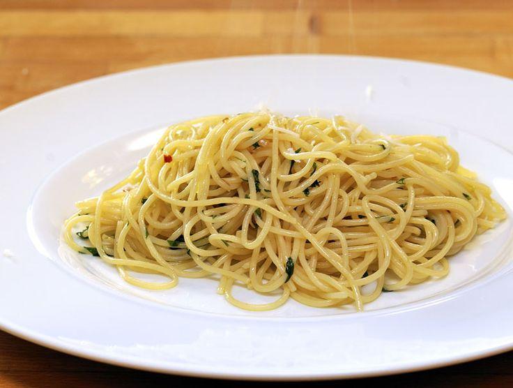 Spaghetti – aglio olio e peperoncino
