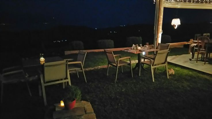 Gerofoti Guesthouse dining under the stars