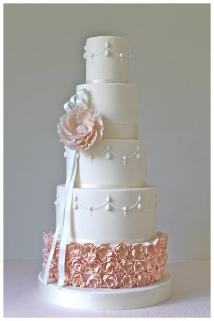 gorgeous wedding cake pink and white