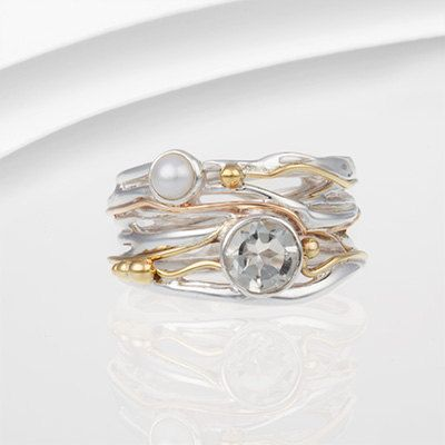 Green amethyst and pearl ring with gold