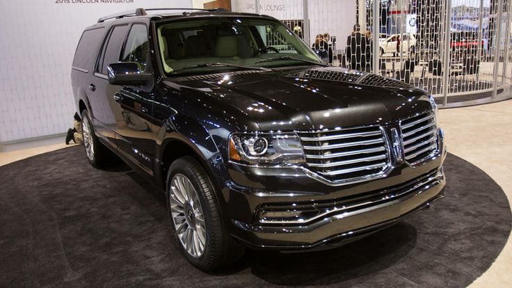 2015 Lincoln Navigator at the 2014 Chicago Auto Show - Photos - Road & Track