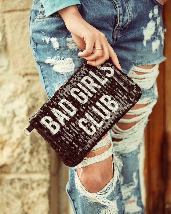 CLOSE UP #badgirlsclub #pochette #full #paillettes #destroyed #denim #shopart #detailoftheday #springsummer17 #collection