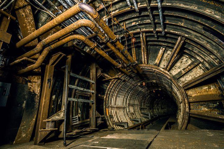 Abandoned underground nuclear missile base - Urbx.43 by 5isalive - http://5isalive.deviantart.com/art/Urbx-43-494026755