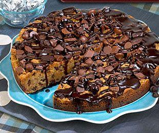 Chocolate Chip Cookie Cake!
