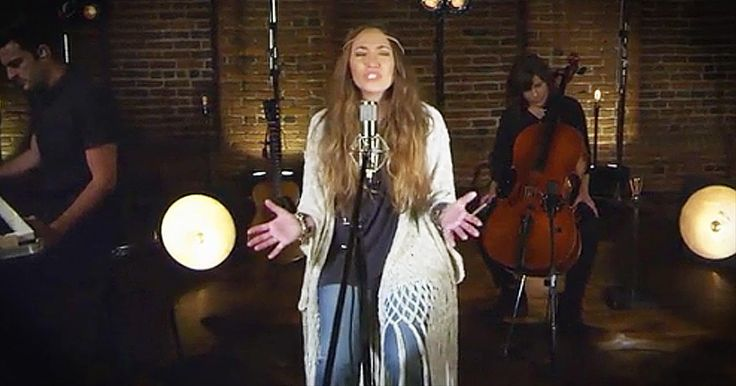 'Power To Redeem' - Beautiful Worship From Lauren Daigle - Christian Music Videos