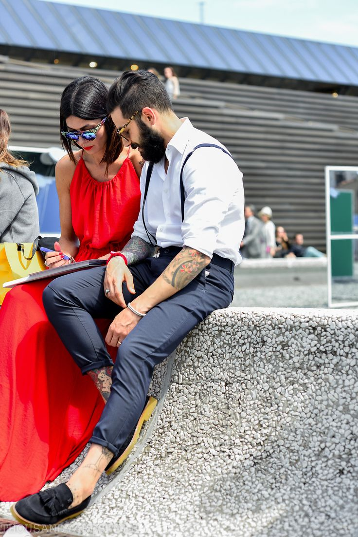 1000yardstyle:  Pitti Uomo 86, street style, the stylish couple… I will be shooting day two of Pitti Uomo 86 live, follow along @1000yardstyle
