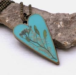 Pressed plant heart necklace by Andan