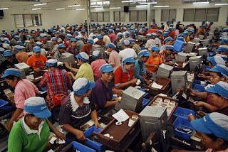 Gaji Karyawan Ditentukan Hanya Oleh Pengusaha atau Pemerintah,Gaji Karyawan,gaji karyawan indomaret,gaji alfamart,gaji pramuniaga,gaji kasir,gaji indomaret,daftar gaji,gaji pegawai,