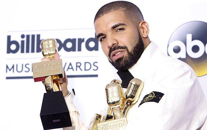 Sputnik Türkiye ///  2017 Billboard Müzik Ödülleri'nde Drake damgası