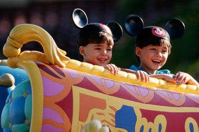 7 Secrets to Saving Big at Disney World