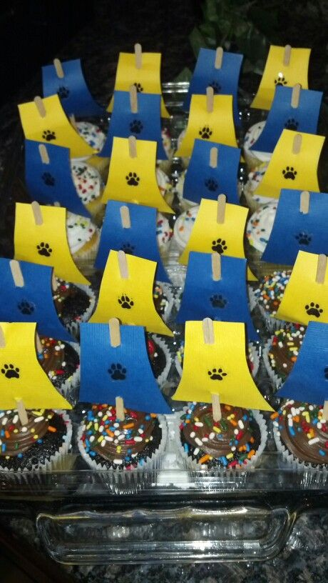 Raingutter Regatta themed cupcakes for Cub Scouts.  Easy to put together.  Can use store bought cupcakes to save time.