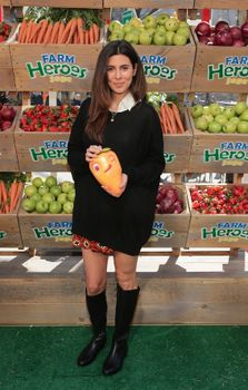 """New York City King, creator of Candy Crush saga had a """"Grow Your own Cropsie"""" class.  Vanessa Lachey and Jamie Lynn Sigler dueled each other in Farm Heroes Saga at the event. Shaina Moskowitz, www.examiner.com.Pop-ups: a way for online games to connect with their audience! www.popuprepublic.com"""