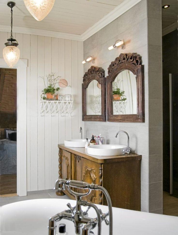 Liker ideen med å bruke en gammel sjenk til baderomsmøbel.