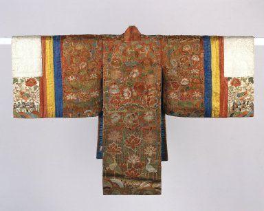 Bride's Robe (Hwalot) | Bride's Robe (Hwalot) | Embroidered silk panels, gold thread, paper lining | 19th century | Joseon Dynasty | Brooklyn Museum: Asian Art