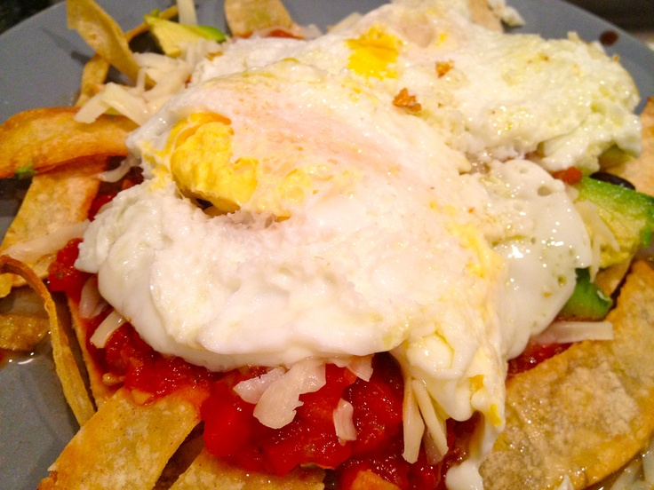 vegetarian chilaquiles with fried eggs | food | Pinterest