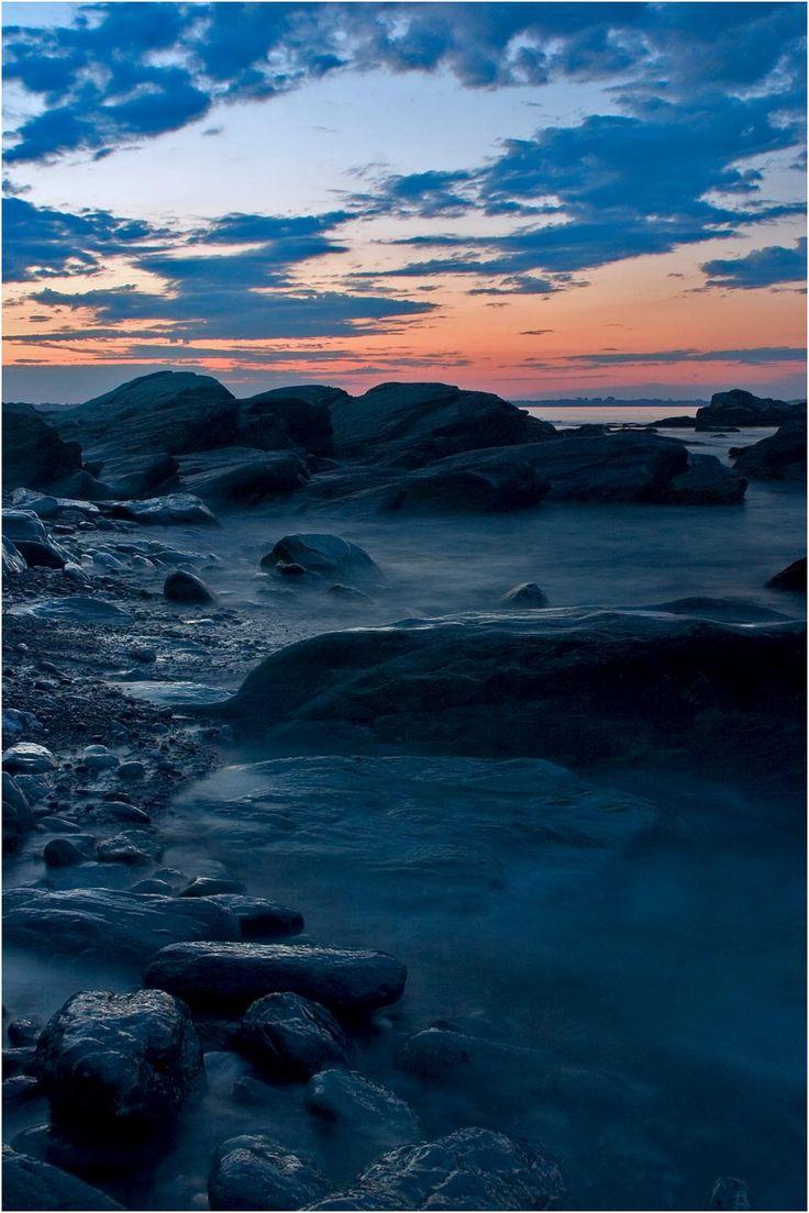Aquidneck Island's rocky coast by Chris Hunter, NewportRIPhotos.comRhode Island