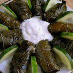 Τα πιο νόστιμα ντολμαδάκια με γιαούρτι, ρύζι και κιμά