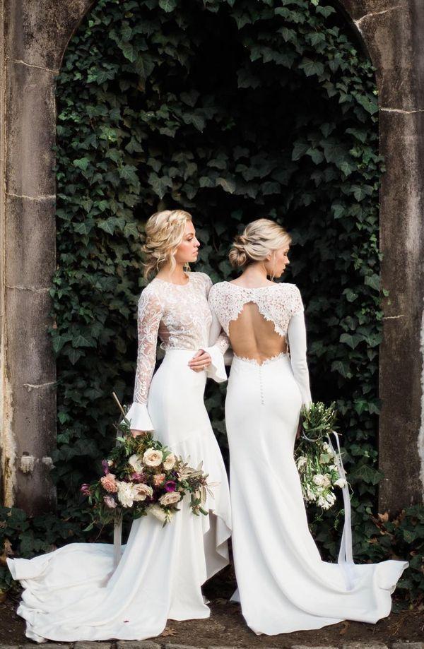 lace long sleeve open back boho wedding dressses #birde #weddingplanning #backlessdress #weddingdress #weddingwednesday