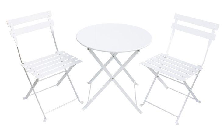 <b>Jabadabado Café Möbler Vit</b> är ett fint möbelset med bord och stolar som passar perfekt att ha ute i trädgården eller på balkongen. Här kan ditt barn sitta och fika, ha små bjudningar eller rita och pyssla. Cafémöblerna kräver montering.<br><br>Rekommenderad ålder: Från 3 år.<br><br>Mått: Bordet är 50 x 46 cm.<br><br>Material: Plåt.<br><br>Färg: Vit.