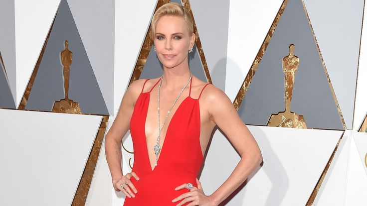The 10 Best Looks at the 2016 Oscars: The Oscars' red carpet fashion was  completely stunning last night. Who will be remembered for their red carpet turn? From Charlize Theron to Lady Gaga, see the 10 must see looks from the awards.