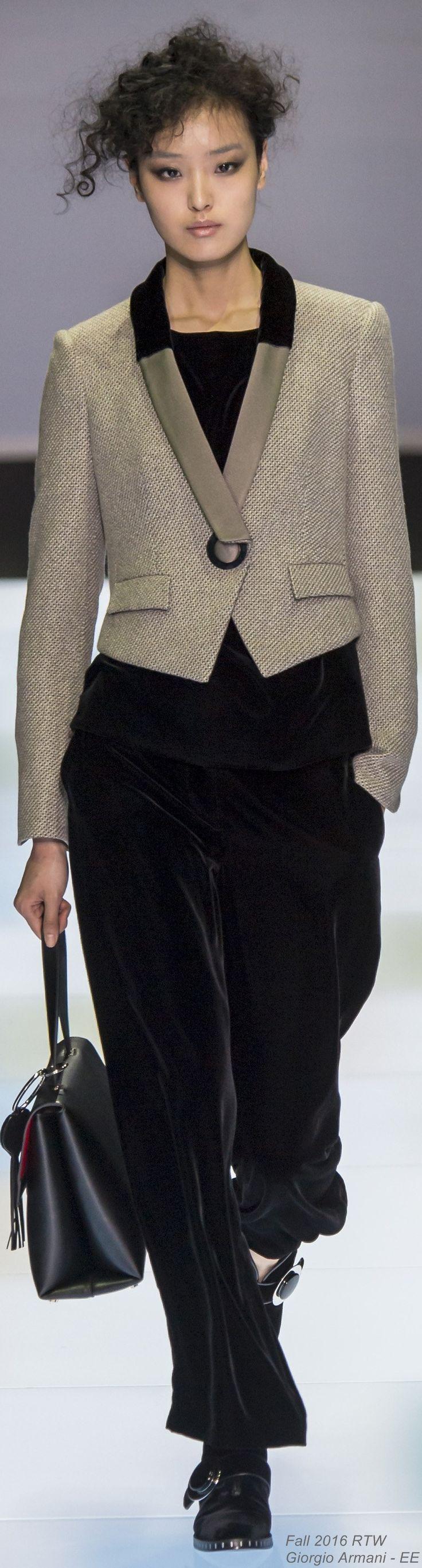 Fall 2016 Ready-to-Wear Giorgio Armani