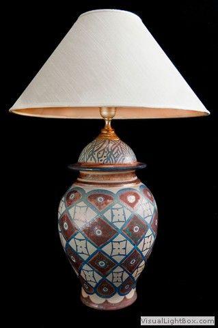 Lume-decoro-geometrico-tecnica-lustro