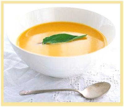 Sopa creme de batatas com cenoura