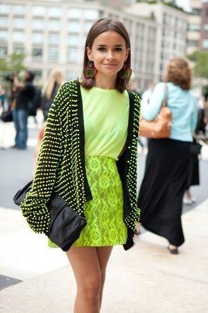 ビビッドな蛍光色で街中でも目立っちゃおう♡H&Mのコーデ♪お買い物の参考にしたいスタイル・ファッションまとめ♪
