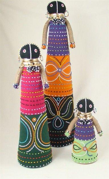 I LOVE my Ndebele dolls..<3