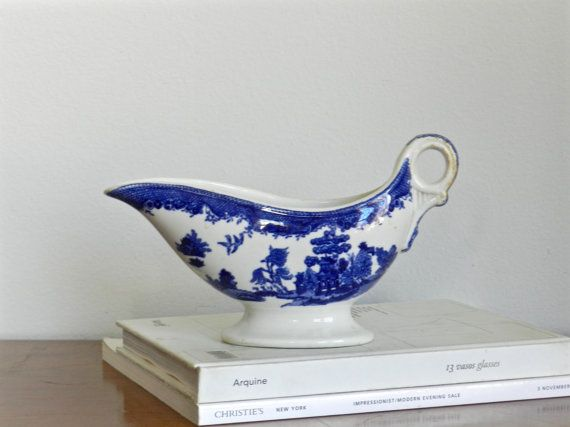 Vintage Blue Willow Pitcher Gravy Boat English Bone China Blue Flow Serving John Maddock & Sons Asian Chinoiserie Decor