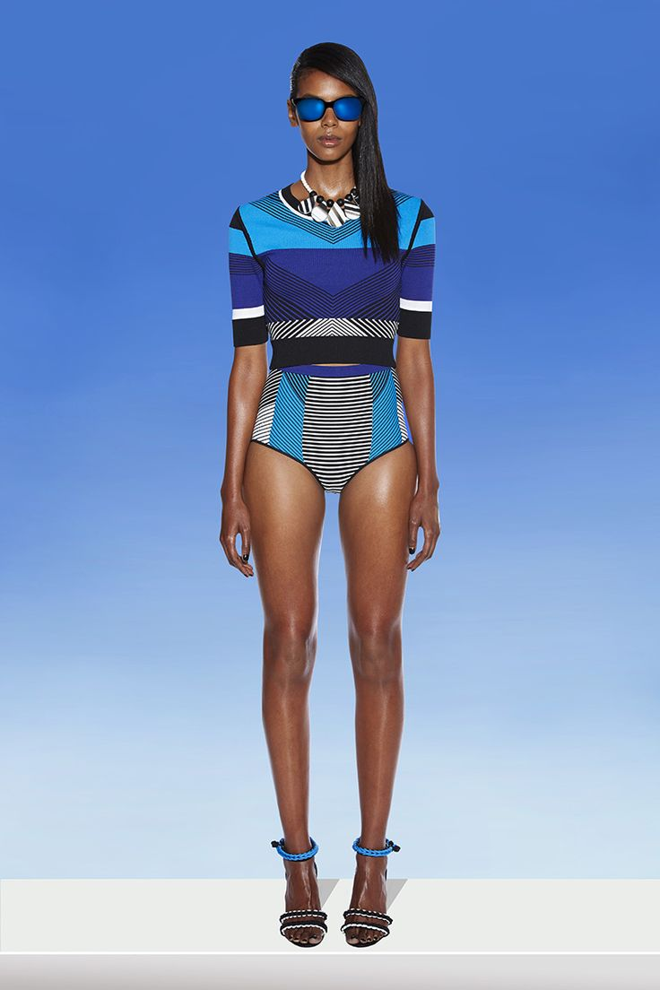 See the entire Ohne Titel resort 2015 collection on Vogue.com.