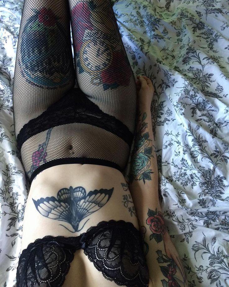 Lingerie does wonders for my self confidence sometimes hey. Pitty almost no one sees it when it's so pretty .