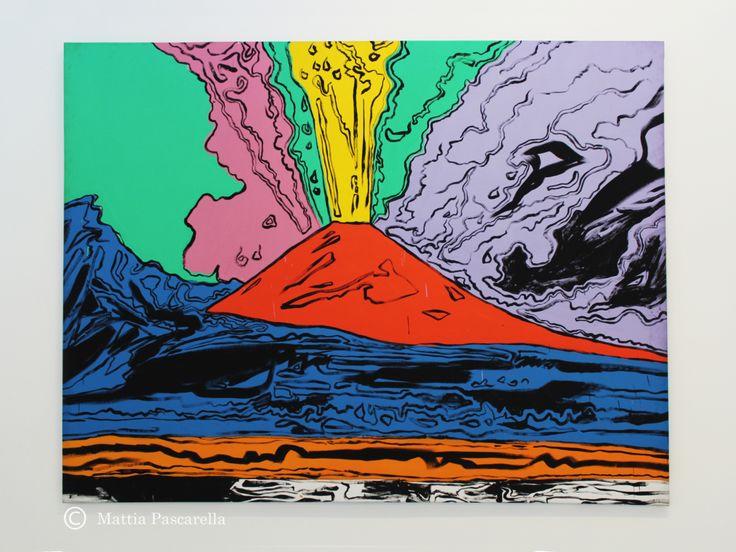 Acrilico su tela, di Andy Warhol, 1985. Padre assoluto della pop art, Andy Warhol prende spunto dal cinema, dai fumetti e dalla pubblicità per registrare le immagini più note e simboliche prodotte …