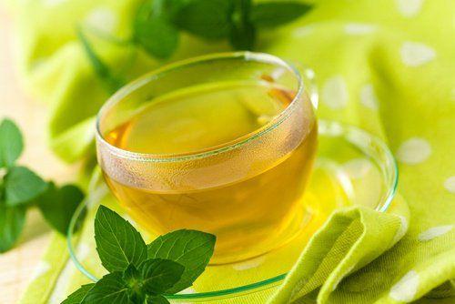 Las 5 mejores infusiones para adelgazar Los tés tienen muchas propiedades que nos pueden ayudar a adelgazar rápidamente, siempre y cuando sigamos también una dieta adecuada.