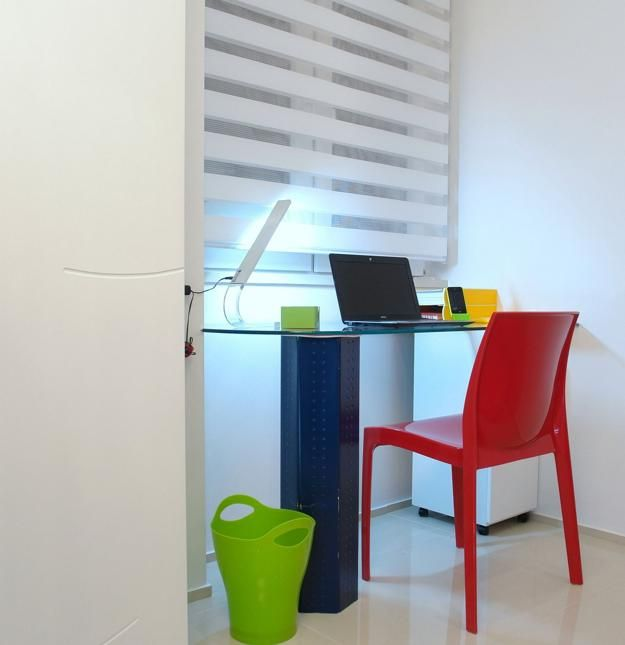 modern ideas for decorating small apartments with bright colors and geometric shapes
