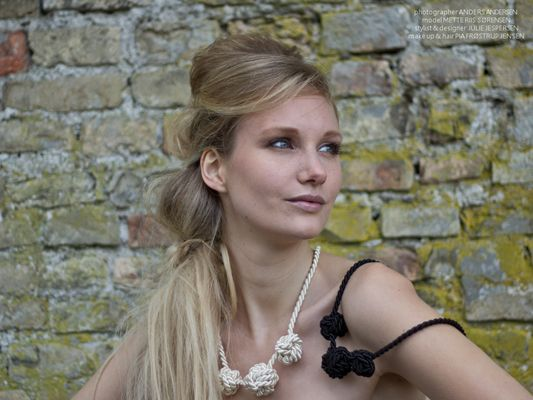 """Silk/cotton necklace with 3 knots    """"By it on my website ;o)"""""""