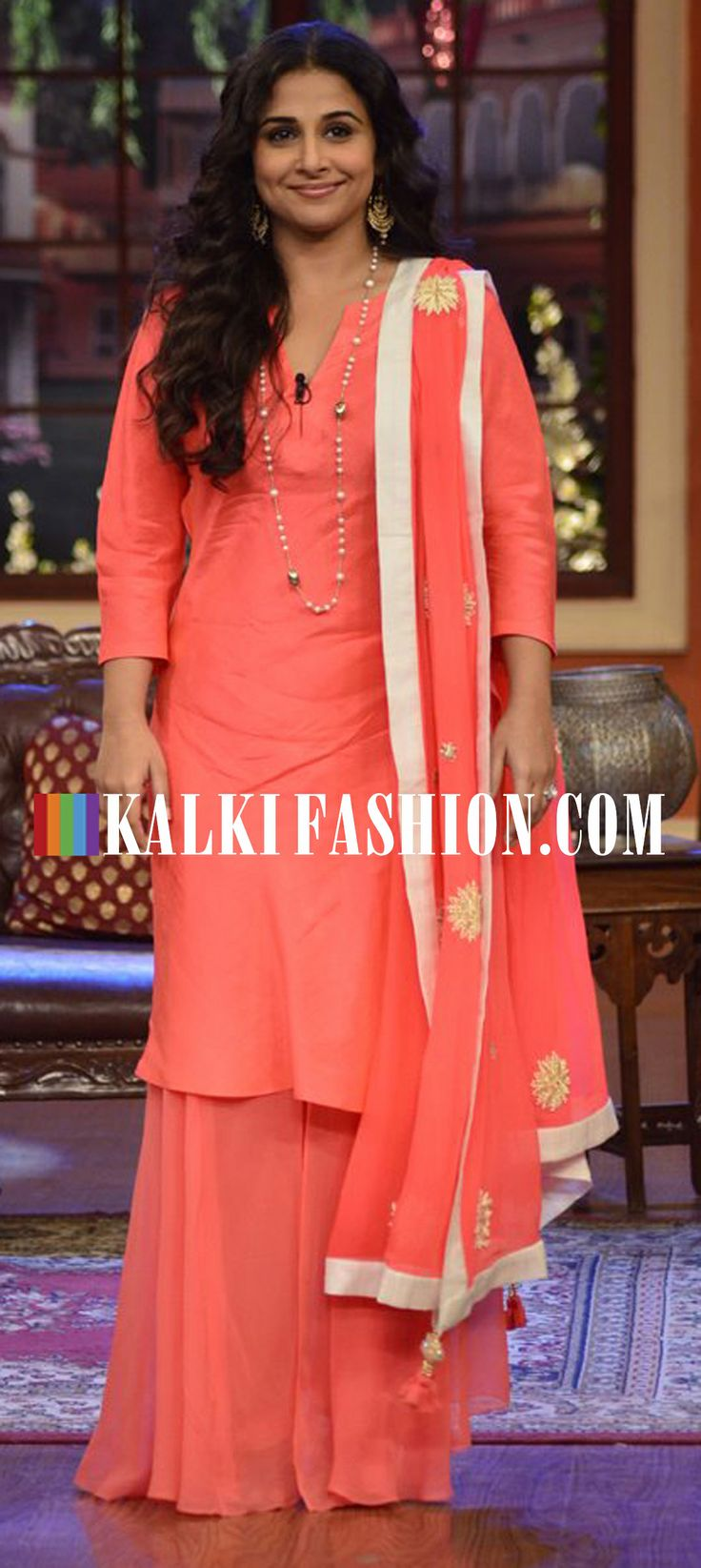 Vidya Balan in a peach suit with palazzo pant at Comedy Nights with Kapil show to promote her upcoming movie Bobby Jasoos. http://www.kalkifashion.com/