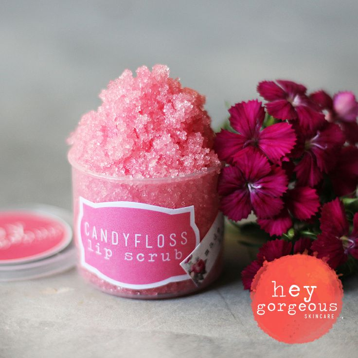 Our yummilicious lip scrub will polish off rough dry skin, whilst the oils moisturise and soften your lips leaving them flake free, soft and kiss ready.