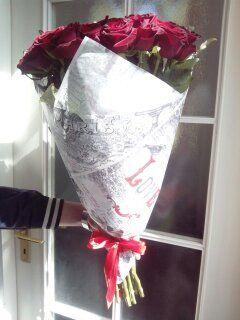 Каждый кто был влюблен знает, что красные розы являются неотъемлемой частью любой истории любви, как первый поцелуй.  http://rose.org.ua/  #roselife #доставкацветов #sendflowers #розы #букетроз #цветы #заказроз #подарок #flowers