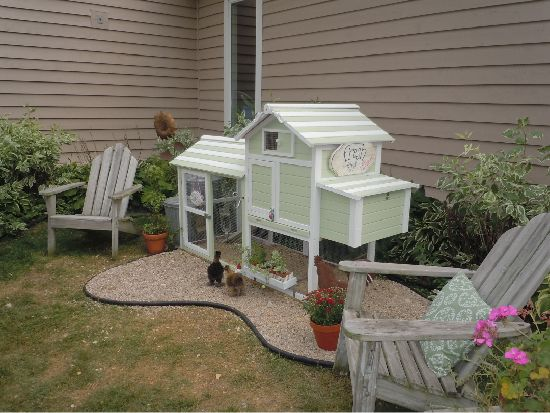 Cheery and sweet DIY chicken coop   bhg.com   no one here ...