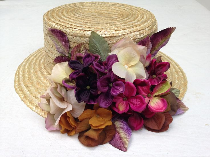 #FeathersTocados flower canotier Absolutly in LOVE!!<3 <3