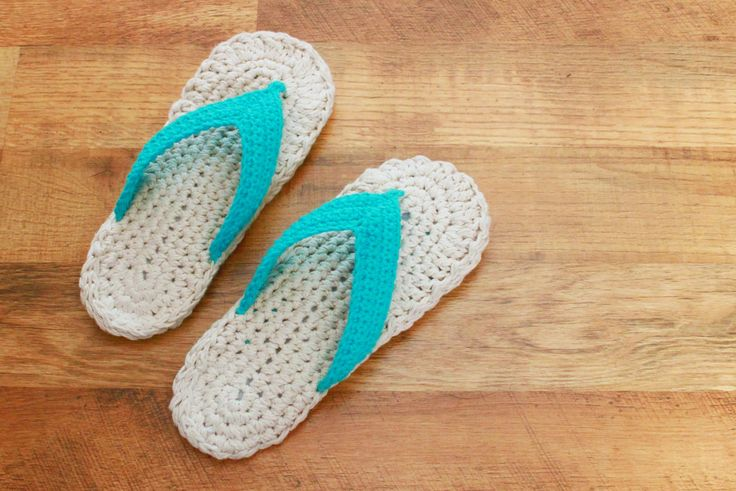These cotton flip flops are a great project! They have a double sole and the soles do work much better when stuffed. I give suggestions for different things you can stuff the sole with. Basic needs for this pattern are: L hook, I hook and worsted weight cotton You can find this pattern on ETSY...