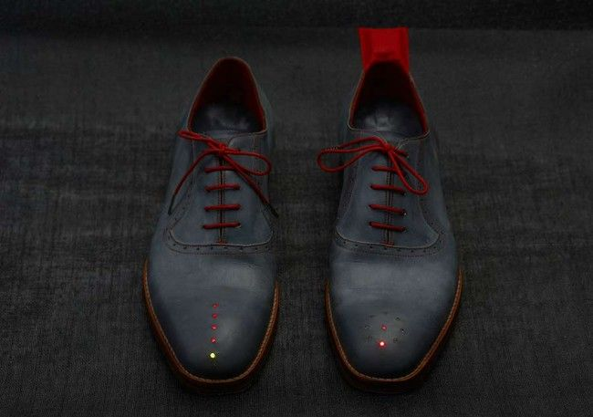 Dorothy, is that you? These handsome GPS leather shoes come fitted with LED lights to guide the walker to any destination in the world, no matter how far he is away. The left shoe comes with a ring of lights that point in the correct direction, and the right shoe has a row of lights […]