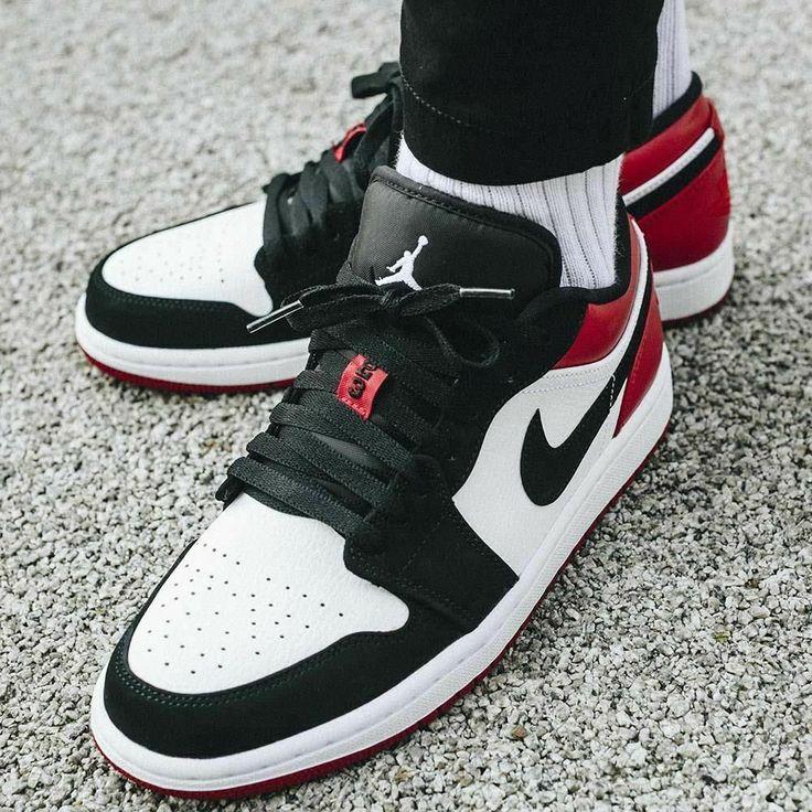 Details about Nike Air Jordan 1 Low Black Toe Size 8 9 10