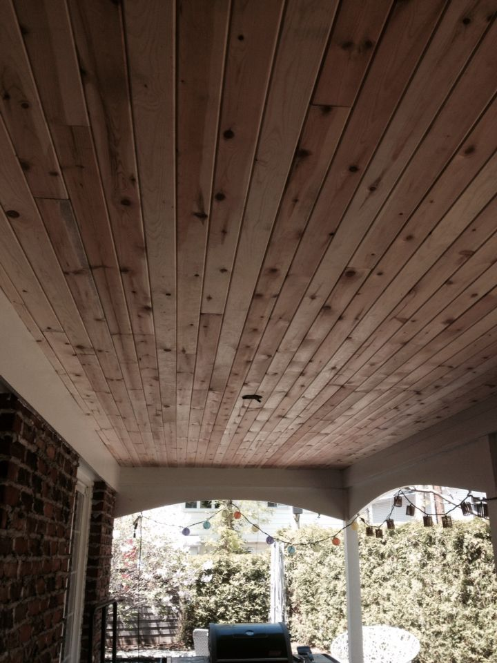 plafond pergola en lattes de bois avec noeuds 383 id es de grandeur pinterest caf au lait. Black Bedroom Furniture Sets. Home Design Ideas