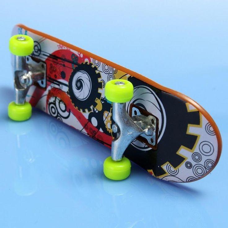 2pcs/lot Mini Finger Skateboards Unti-smooth Fingerboard Boys Toy Finger Skate Free shipping