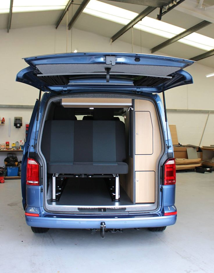 Rear view of the space under the smartbed with 9ft of storage space in the LWB T6 😉